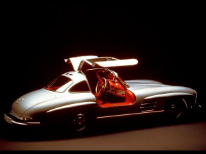 mercedes-benz-300-sl-coupe-rs-studio-do-1280x960