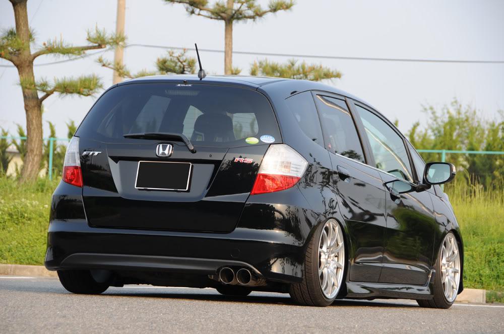 href media2 apnonline au img media images 2009 06 16 Car Pictures